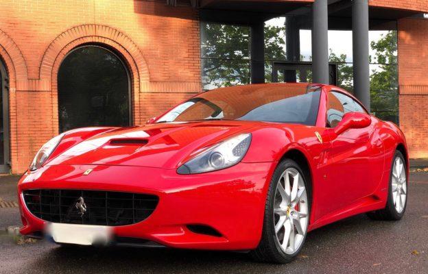 Ferrari California rouge