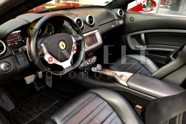 Ferrari California rouge