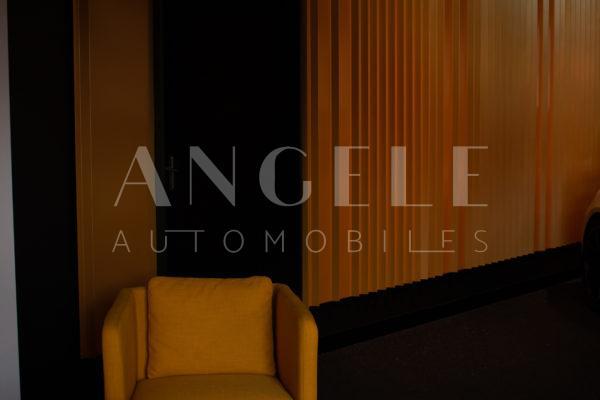 salla d'attente Angelé Automobiles